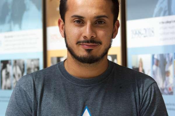 Andres Manrique Headshot