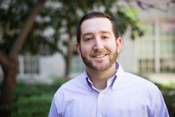 Zach_Lowenstein_Alumni